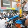 Barrios Orquestados ofrece un concierto a niños ingresados en el Materno