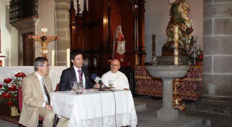 El pregonero de Santiago de Tunte repasa la historia iconográfica de sus dos santos