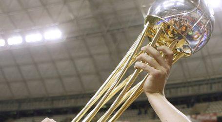 Maspalomas exhibe la Copa del Rey de Baloncesto en su gira insular
