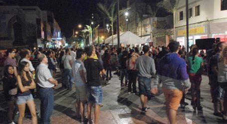 La zona peatonal de Vecindario acoge otra edición de 'Noctámbulos'