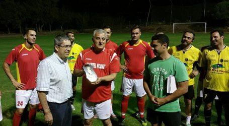 Policía Nacional y Policía Local confraternizan con el fútbol en Maspalomas