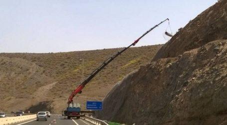 Unas mallas protegerán de los desprendimientos tramos de la GC-1 en el sur