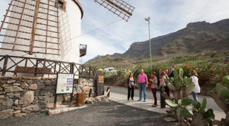 El Gobierno de Canarias establece como prioridad contribuir a renovar equipamientos de Mogán