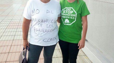 Las familias amenazadas de desahucio en los barracones de Juan Grande se organizan para resistir