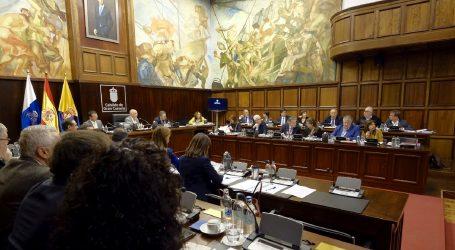 El Cabildo equilibra la inversión por habitante con una subvención de 500.000 euros a 18 municipios