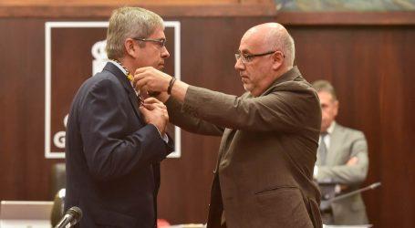 Marco Aurelio Pérez toma posesión como consejero del PP en el Cabildo de Gran Canaria
