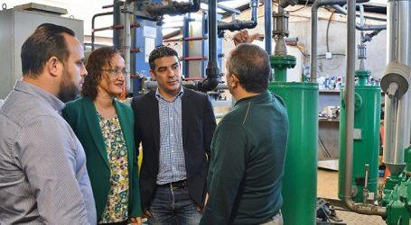 El Gobierno de Canarias instala un generador de hielo en la Cofradía de Pescadores de Arguineguín