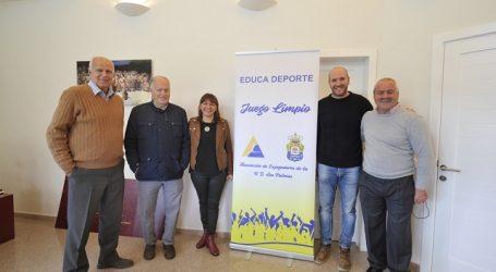 El Ayuntamiento y exjugadores de la UD Las Palmas colaborarán en una campaña de juego limpio