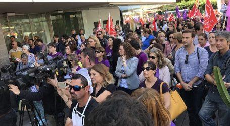 El Cabildo de Gran Canaria apoya la huelga feminista con una multitudinaria concentración