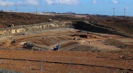 El PP denuncia la acumulación de toneladas de basura sin reciclar en el complejo ambiental de Juan Grande