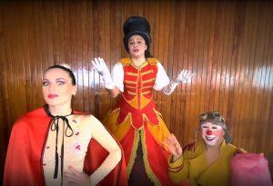 The Circus Troupè .