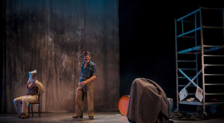 """La vida real de un """"topo"""" canario tras la Guerra Civil llega este sábado al Teatro Auditorio Agüimes."""