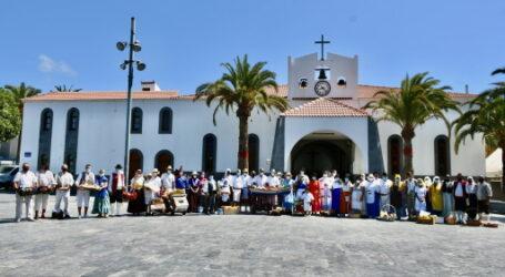 Emotivo acto de ofrendas y plegarias a la Virgen del Carmen de Arguineguín