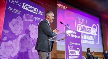 """Ángel Víctor Torres: """"No hay nada mejor que ser y sentirse socialista"""""""