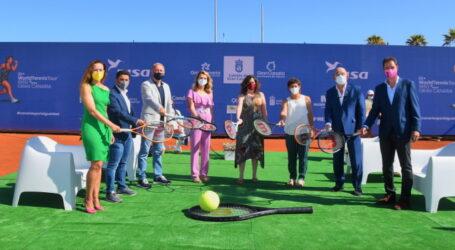 Kika Fumero aboga por el reconocimiento de las mujeres deportistas en la inauguración de los torneos de  Tenis Profesional Femenino